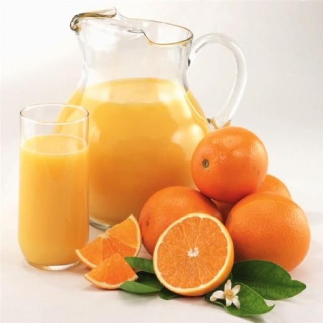 Bà bầu có nên ăn, uống nước cam, chanh, quýt, tắc không?