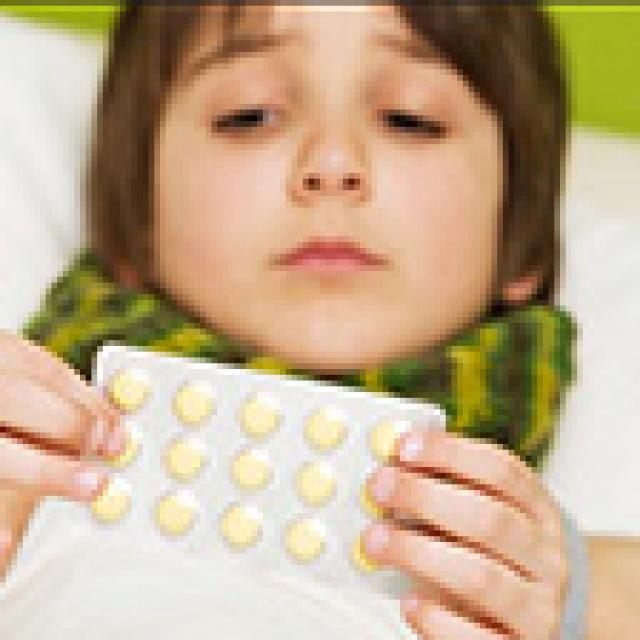 Giảm 75% tác dụng phụ do kháng sinh