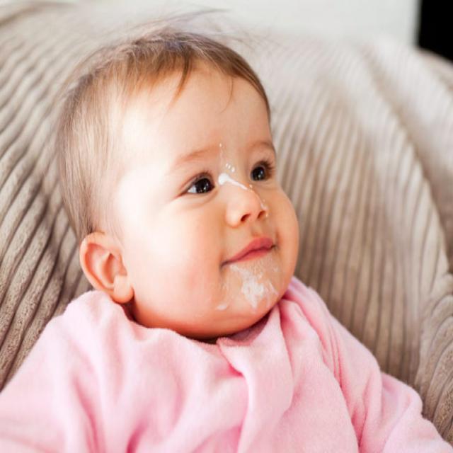 Cách chữa nôn trớ ở trẻ sơ sinh hiệu quả