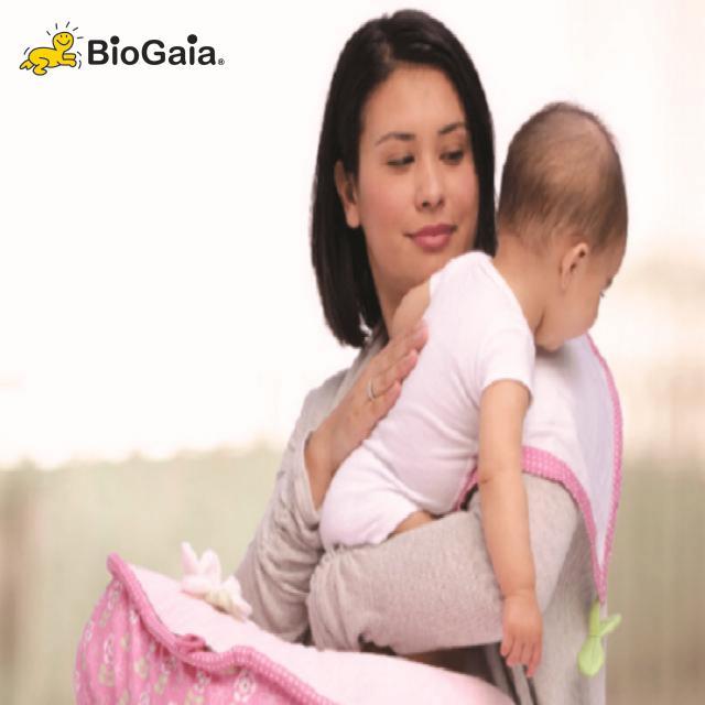 Các chuyên gia hướng dẫn mẹ cách chăm sóc trẻ nôn trớ hiệu quả